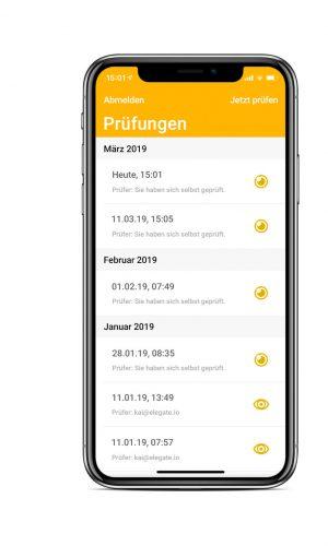 Führerscheinkontrolle per App auf einem Smartphone
