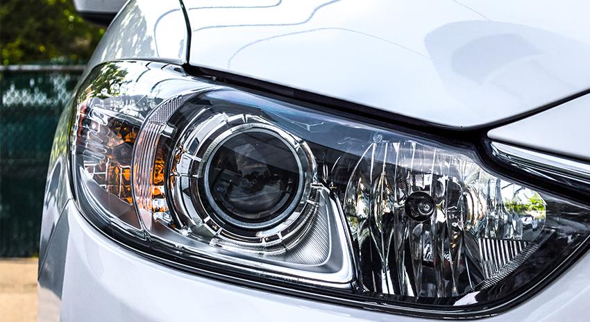 Licht eines weissen Autos